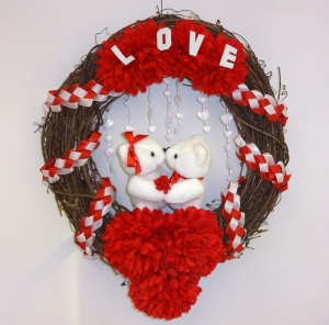 love bears wreath copy